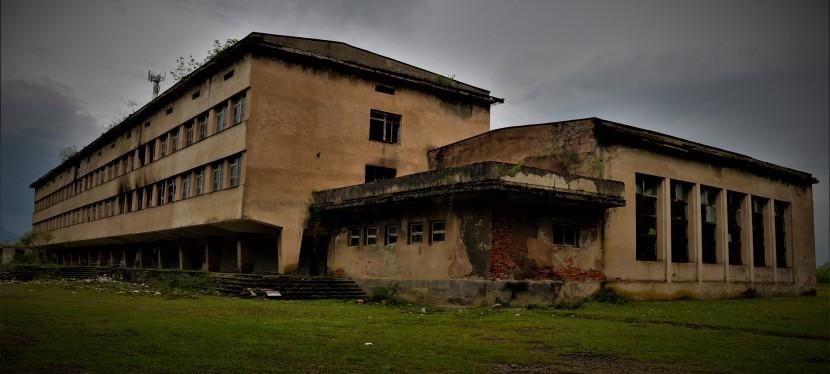 Urbex : Ecole soviétique abandonnée enGeorgie